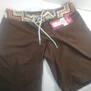 Carve Designs Board Shorts Java NWT